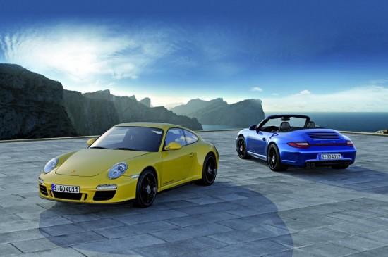 Изисканото Porsche 911 Carrera 4 GTS (видео...)
