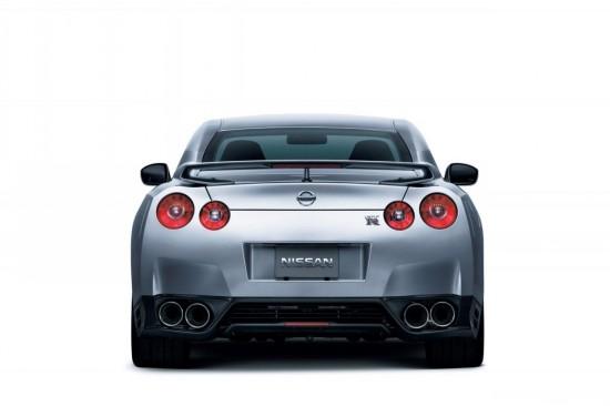 Очаквайте още по-злобен и мощен Nissan GT-R