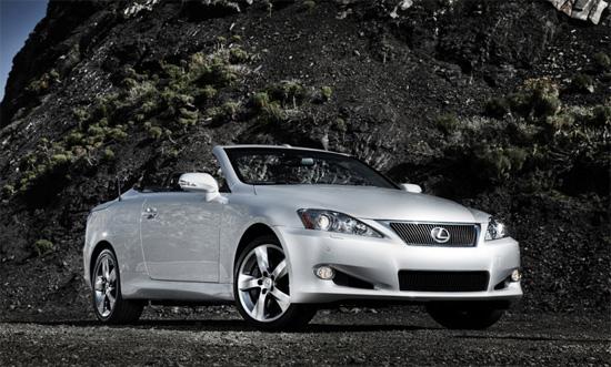 Lexus с открита версия на IS