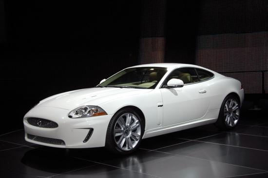 Детройт 2009: Jaguar XKR - разликата е под капака