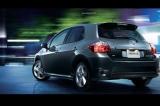 Снимки: Toyota модернизира Auris