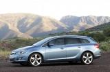 Снимки: Комбито на Opel Astra е динамично и елегантно