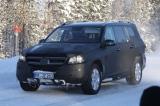 Снимки: Новия Mercedes GL щурмува с по-малко маскировка