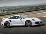 Снимки: Porsche 911 Turbo S