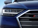 Снимки: Audi S8 2020