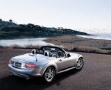 Снимки: Mazda MX-5 с нов облик.