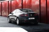 Снимки: Нова версия за Laguna Coupe